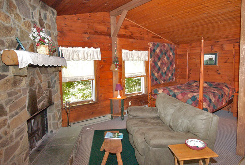 Hide & Seek Luxury Log Cabin Interior